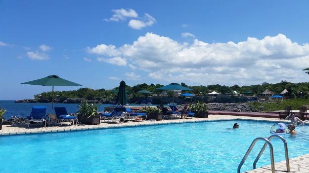 RH pool
